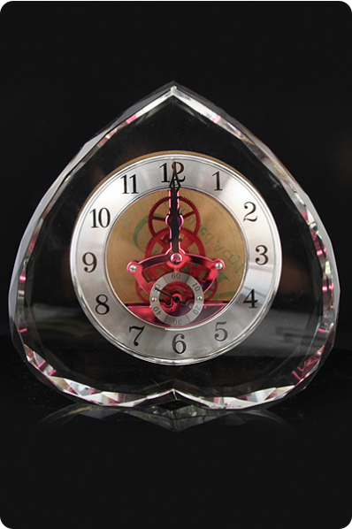 Reversed Heart Crystal Clock