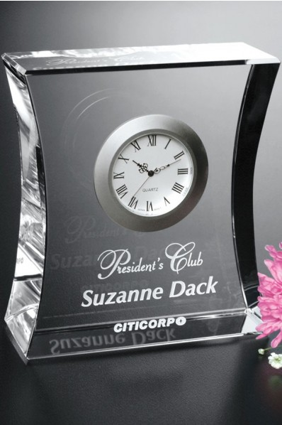 Crystal award with a clock