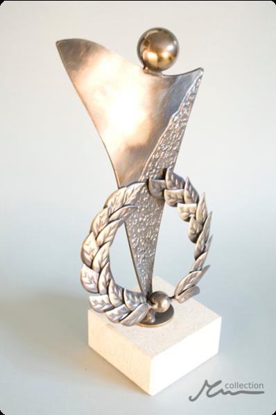 Laurel Wreath Trophy